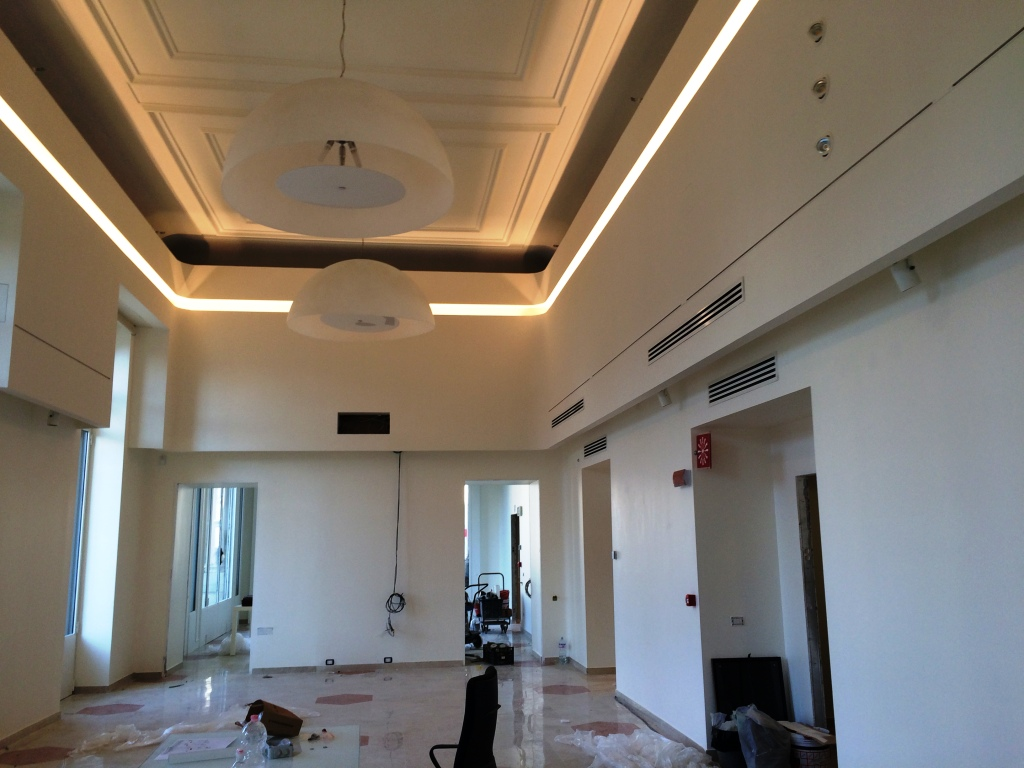 Abbassamento soffitto led: installazione lightbox ®   youtube ...